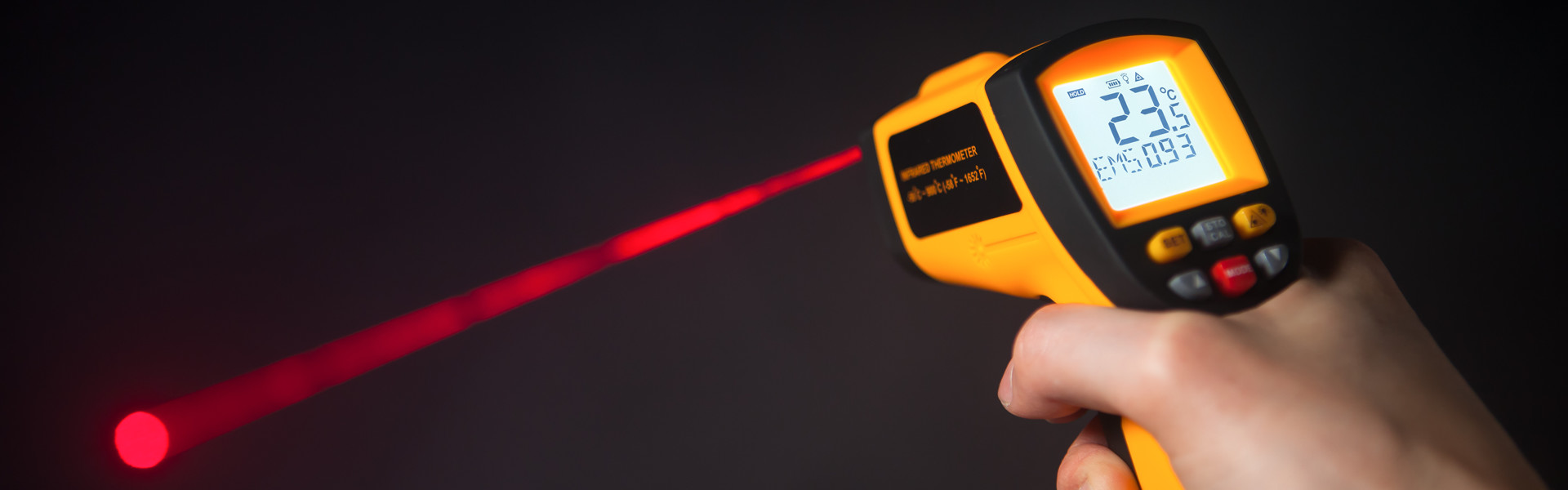 Infra red laser thermometer